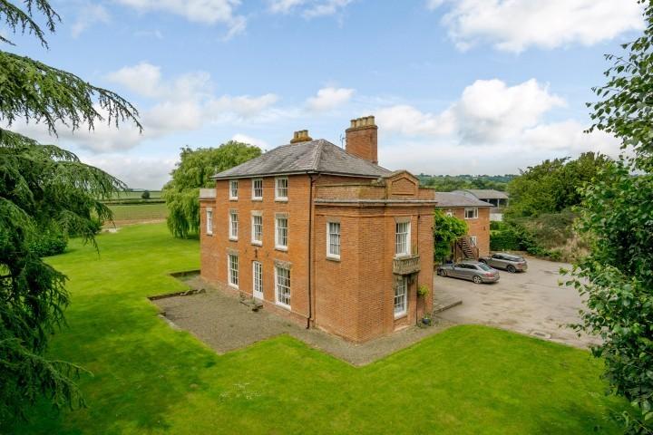 South Shropshire wedding venue up for sale