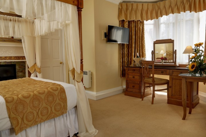 Executive room at The Best Western Valley Hotel