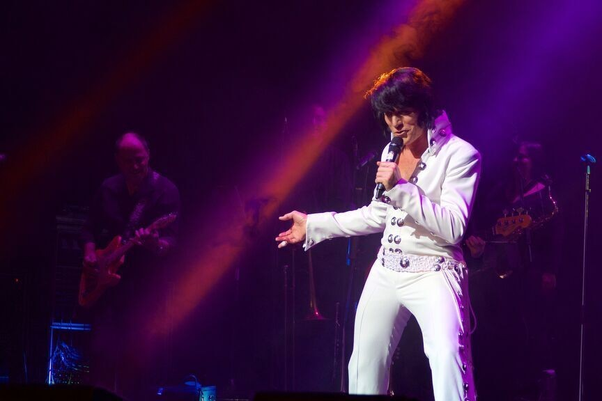 Vegas-years treat for Elvis fans at Theatre Severn