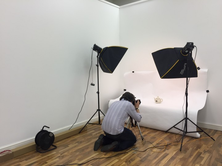 Storage company to rent out large photography studio