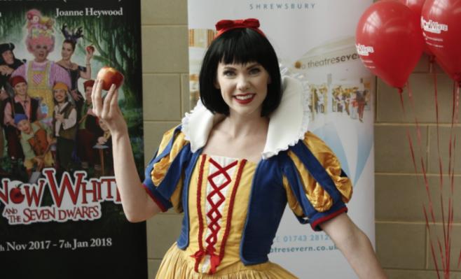 Actress Victoria McCabe returns to Theatre Severn as Snow White