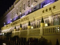st-georges-hotel-at-night
