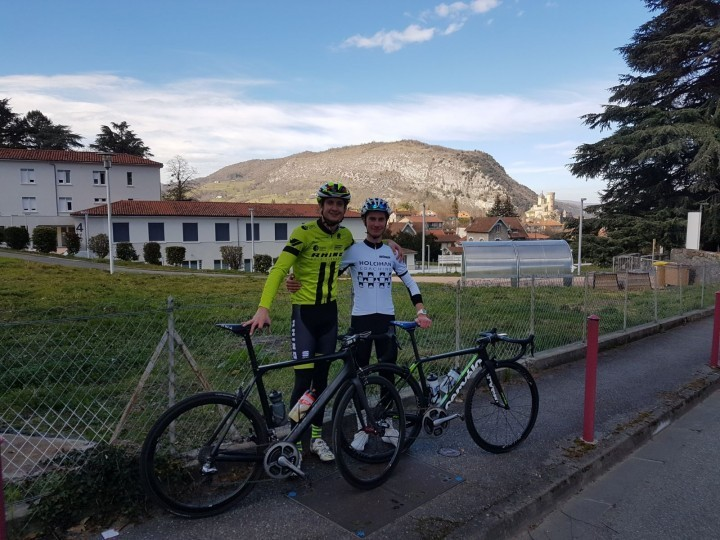Shropshire cycling team heads to Italy to compete in six day race