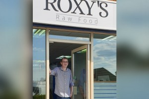 roxys-raw-food-04.jpg